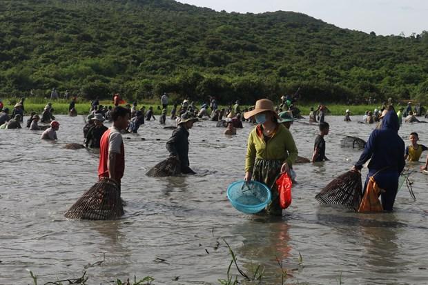 Độc đáo lễ hội Đồng Hoa  lễ hội đánh cá lâu đời gần 300 năm
