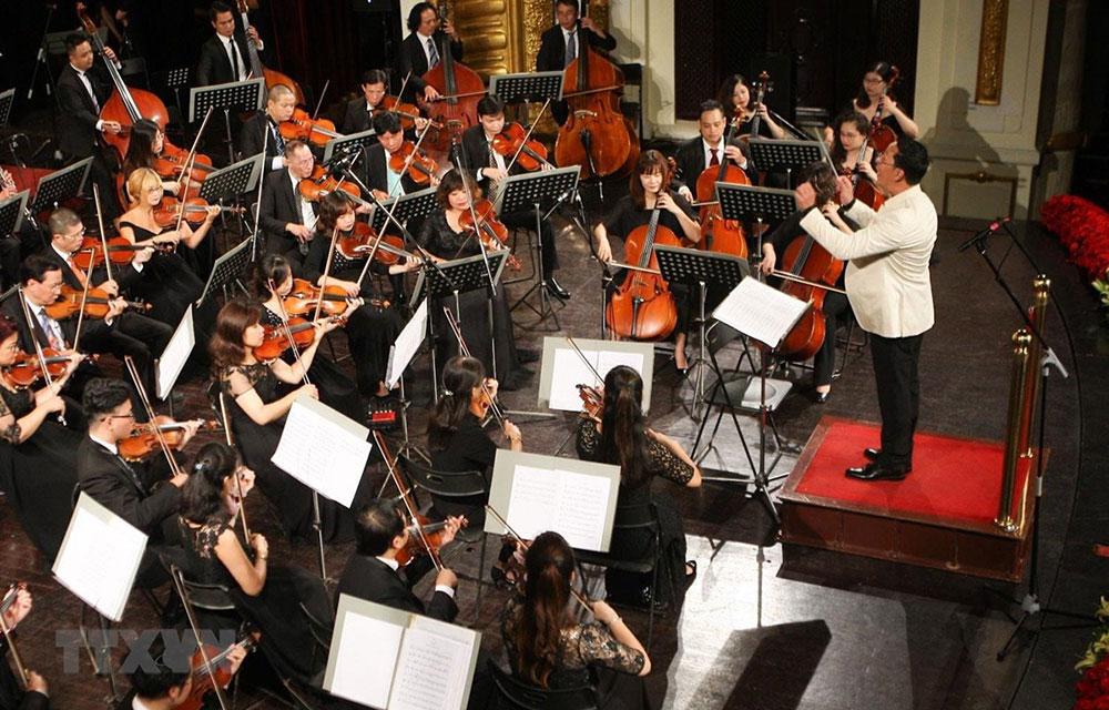 Hơn 130 nghệ sỹ trình diễn âm nhạc tri ân các bác sỹ chống COVID19