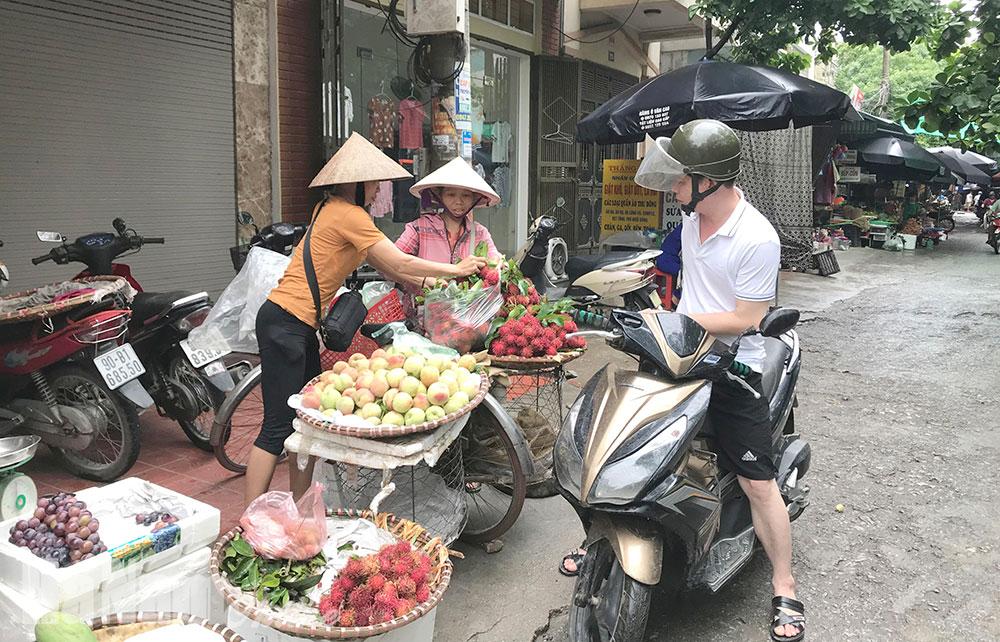 Tăng cường bảo đảm vệ sinh môi trường tại các chợ