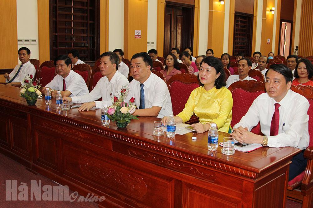 Ban Tuyên giáo Huyện ủy Kim Bảng gặp mặt nhân dịp kỷ niệm 90 năm Ngày truyền thống ngành Tuyên giáo của Đảng