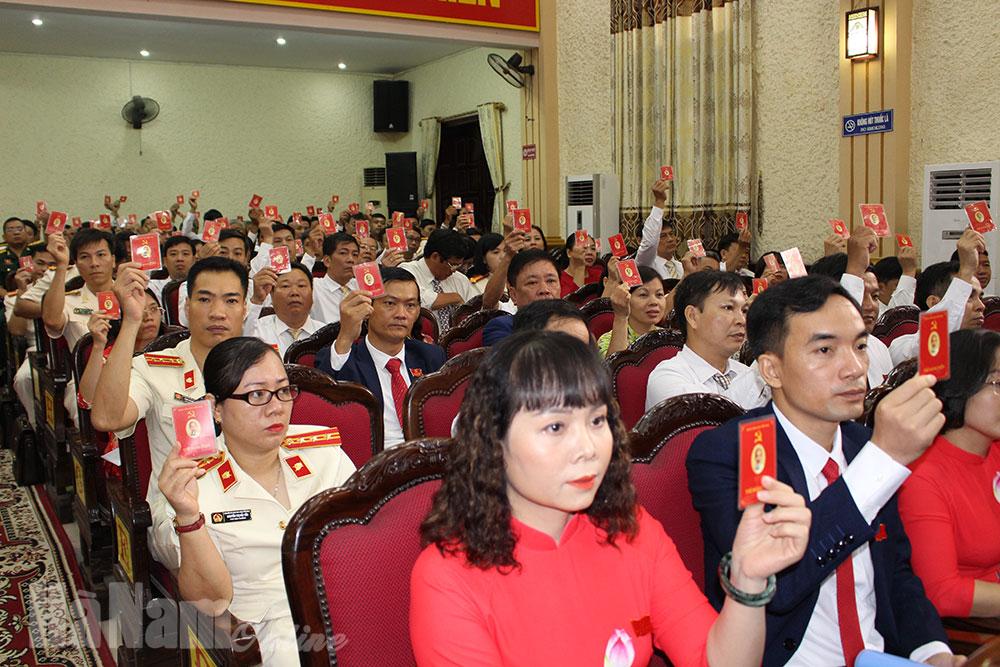 Bế mạc Đại hội đại biểu Đảng bộ Thành phố Phủ Lý lần thứ XXIII nhiệm kỳ 20202025