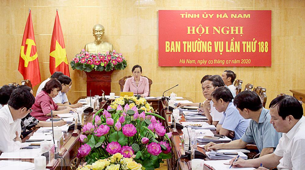 BTV Tỉnh ủy nghe báo cáo chương trình nội dung kỳ họp giữa năm HĐND tỉnh