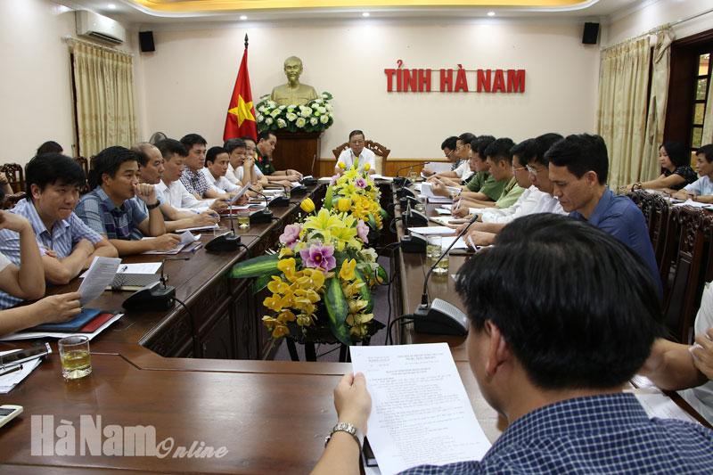 Họp BCĐ phòng chống dịch bệnh Covid-19 Hà Nam có một trường hợp từ Đà Nẵng về có biểu hiện nghi ngờ nhiễm SARS – CoV-2