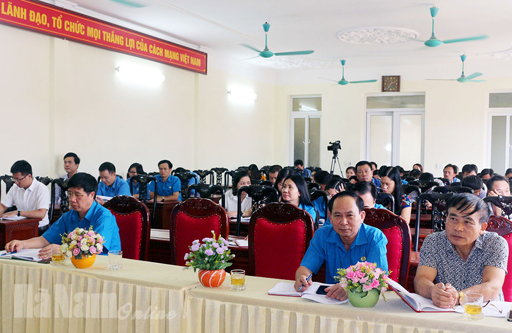 LĐLĐ tỉnh sơ kết công tác xây dựng Đảng 6 tháng đầu năm
