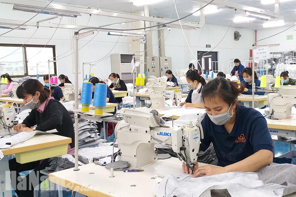 Nâng cao chất lượng điện phục vụ sản xuất trong các KCN
