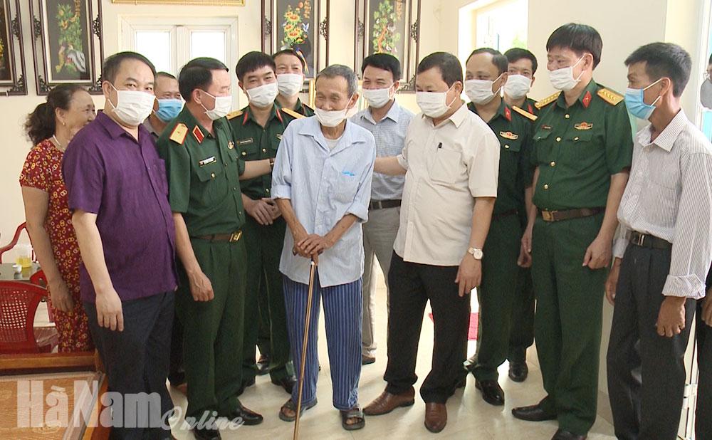 Bộ tư lệnh Quân khu 3 trao tặng nhà tình nghĩa cho thương binh