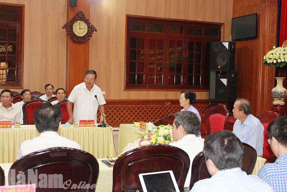 Đồng chí Trương Hòa Bình Ủy viên Bộ Chính trị Phó Thủ tướng Thường trực Chính phủ làm việc tại tỉnh Hà Nam