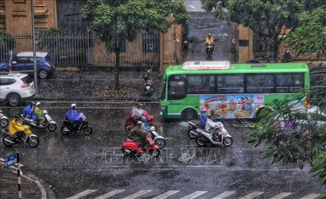 Từ ngày 8  148 Bắc Bộ mưa dông kéo dài đề phòng thời tiết nguy hiểm