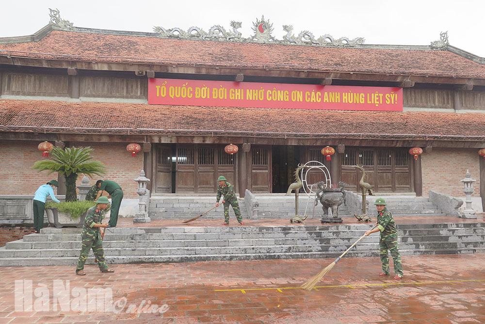 Ban CHQS thành phố Phủ Lý tham gia phục vụ Đại hội Đảng bộ tỉnh