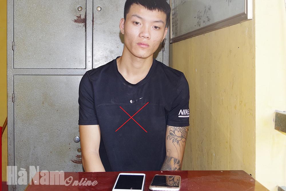 Công an Kim Bảng Tuần tra bắt quả tang đối tượng trộm 02 điện thoại di động