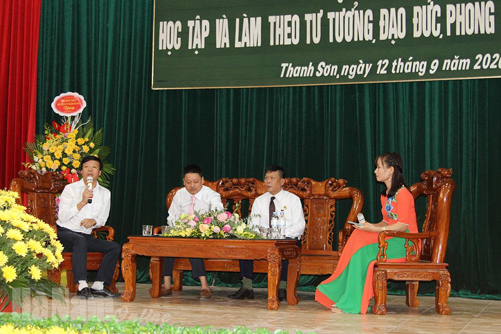 Đảng bộ Thanh Sơn tổ chức tọa đàm học tập và làm theo tư tưởng đạo đức phong cách Hồ Chí Minh