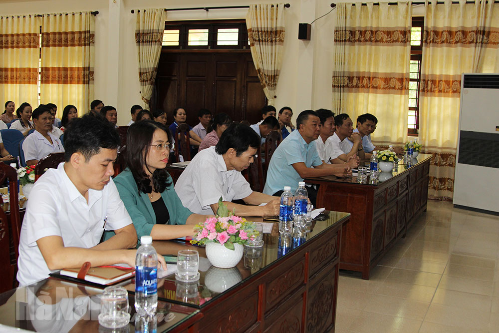 Đảng bộ Trung tâm Điều dưỡng Thương binh Kim Bảng tổ chức tọa đàm Học tập và làm theo tư tưởng đạo đức phong cách Hồ Chí Minh