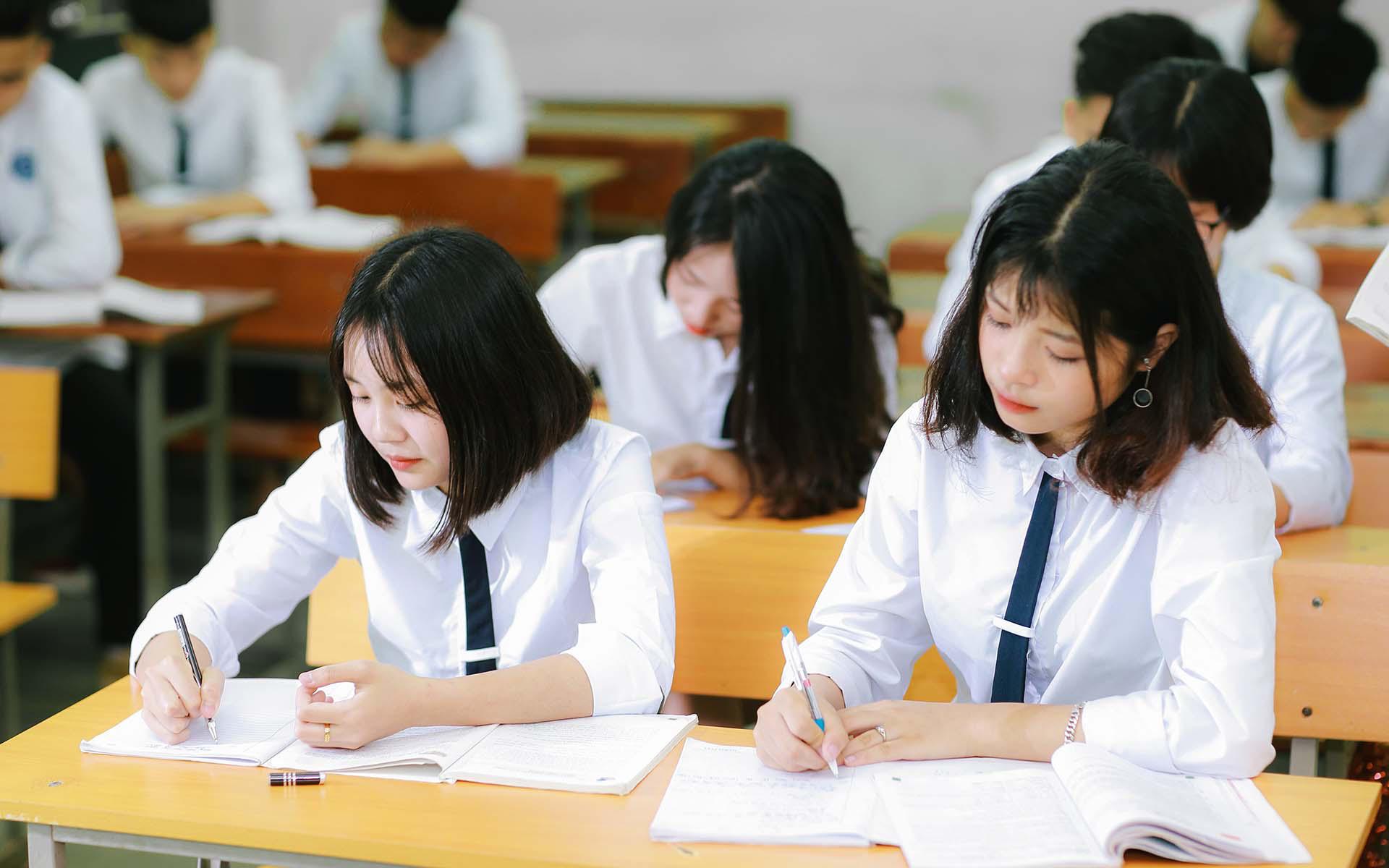 Đề xuất mới về khen thưởng và kỷ luật học sinh
