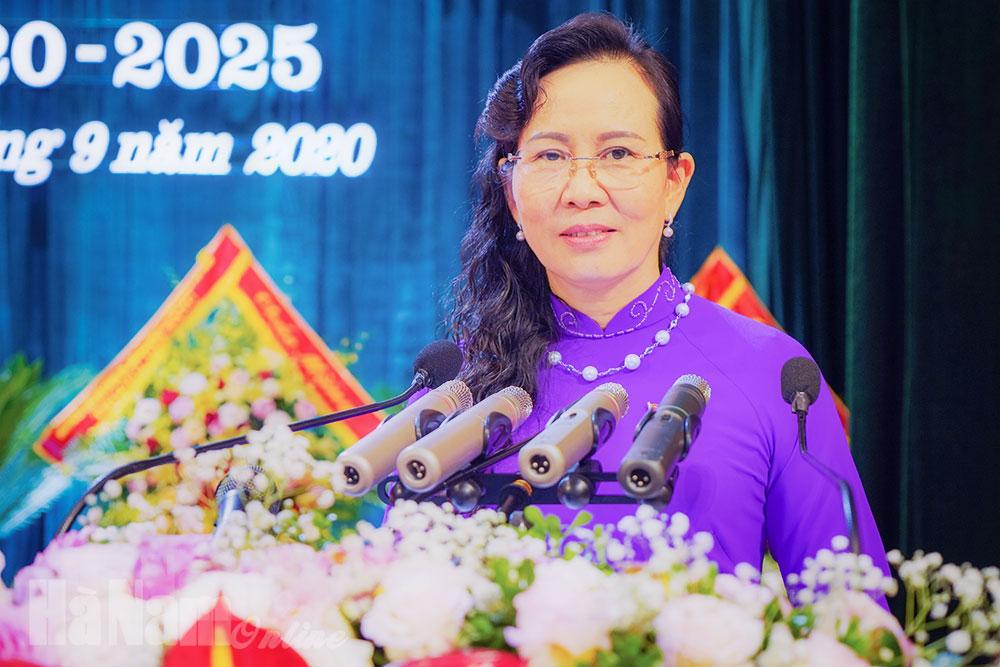 Diễn văn bế mạc của đồng chí Lê Thị Thủy Ủy viên Trung ương Đảng Bí thư Tỉnh ủy tại Đại hội đại biểu Đảng bộ tỉnh lần thứ XX