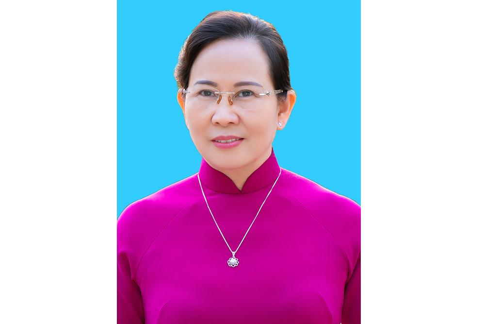 Đồng chí Lê Thị Thủy được bầu giữ chức  Bí thư Tỉnh ủy Hà Nam khóa XX nhiệm kỳ 20202025