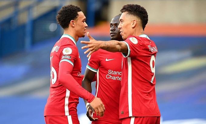 Liverpool thắng trên sân Chelsea