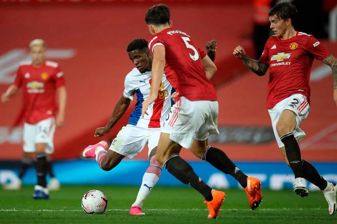 Man Utd thua trận ra quân Ngoại hạng Anh