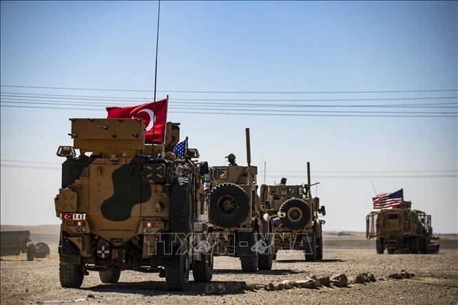 Mỹ Thổ Nhĩ Kỳ tăng cường lực lượng ở Đông Bắc Syria