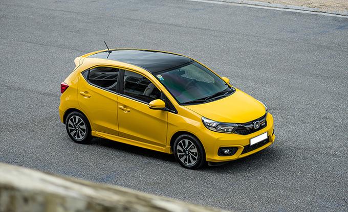 Ôtô rẻ nhất thị trường  Fadil bán chạy Morning hụt hơi