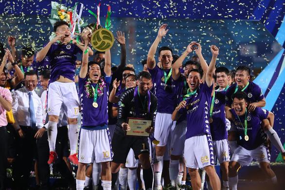 Quang Hải ghi bàn quyết định CLB Hà Nội vô địch Cúp quốc gia 2020