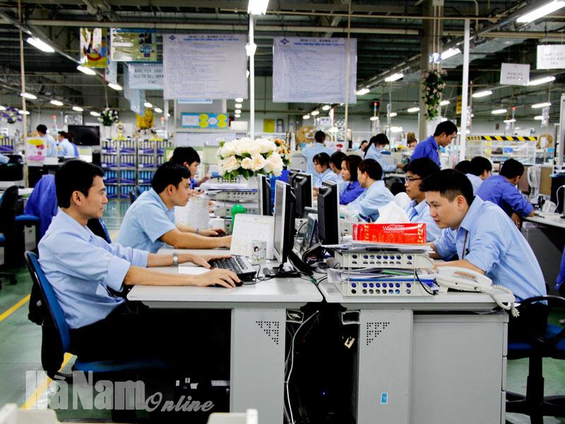 Ảnh hưởng bởi đại dịch Covid19 sản xuất công nghiệp đạt mức tăng thấp nhất trong  nhiều năm