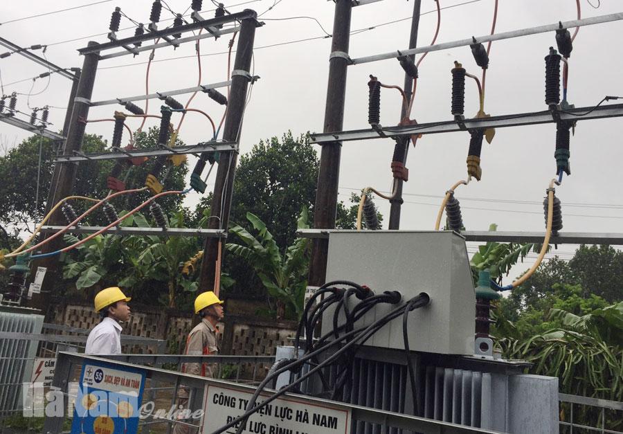 Công ty Điện lực Hà Nam triển khai các giải pháp ứng phó với cơn bão số 7