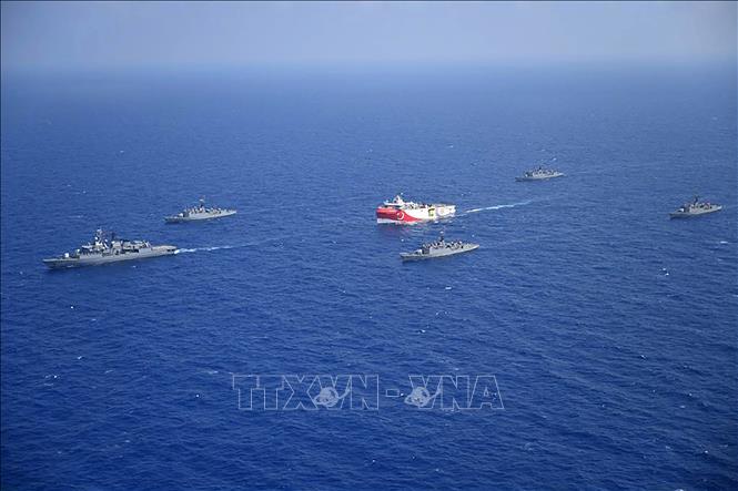 NATO Hy Lạp và Thổ Nhĩ Kỳ lập đường dây nóng nhằm tránh đụng độ tại Địa Trung Hải