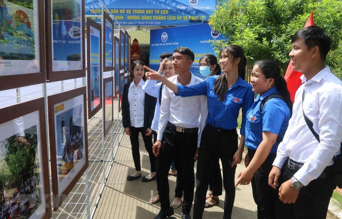 Nhiều triển lãm ý nghĩa về ASEAN Trường Sa Hoàng Sa