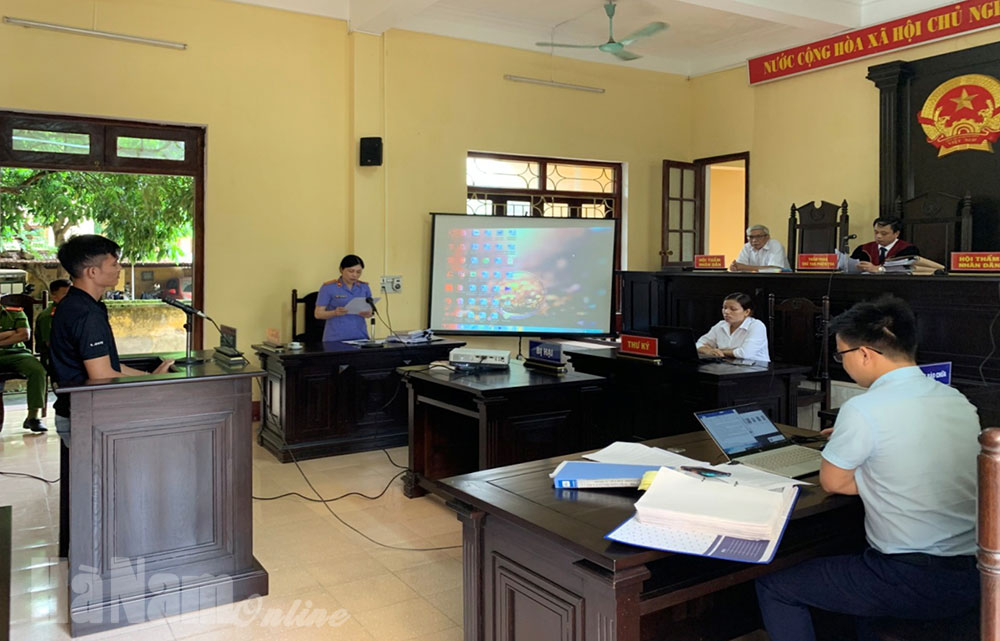 TANDVKSND thị xã Duy Tiên tổ chức phiên tòa hình sự rút kinh nghiệm số hóa hồ sơ