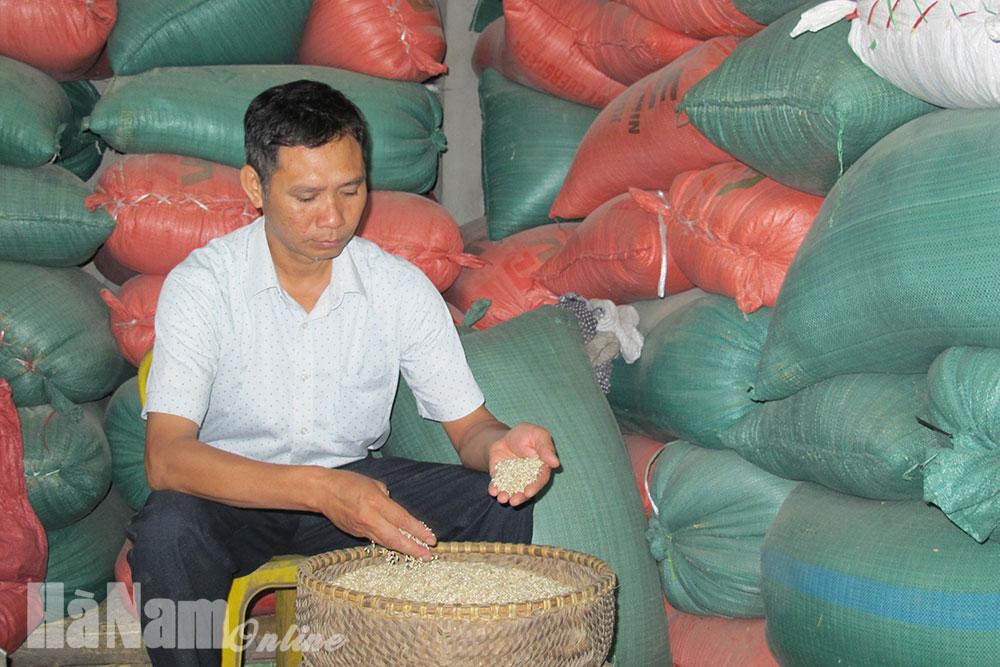 Thăm cơ sở đạt sản phẩm OCOP đầu tiên của huyện Thanh Liêm