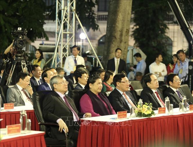 Trang trọng Lễ kỷ niệm 1010 năm Thăng Long – Hà Nội