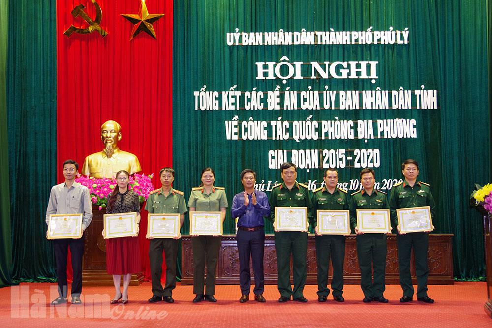 UBND thành phố Phủ Lý tổng kết 4 đề án của UBND tỉnh về công tác quốc phòng